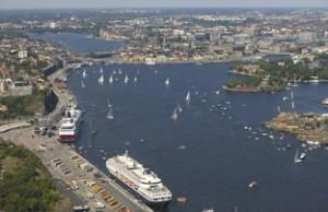 Navi di crociera a Stoccolma copia