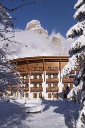 1 Posta Zirm Hotel_esterni inverno
